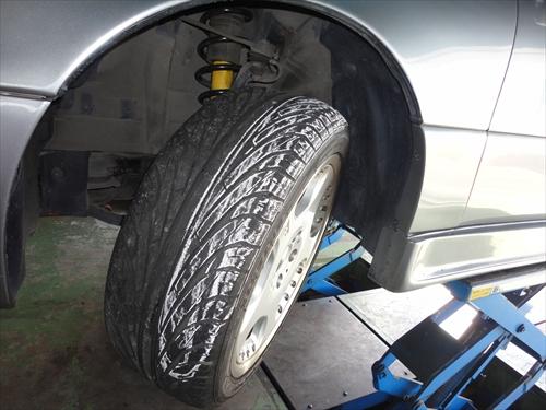 tire-3_R.JPG